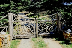 East-Hampton-Gates-6