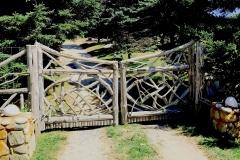 East-Hampton-Gates-6